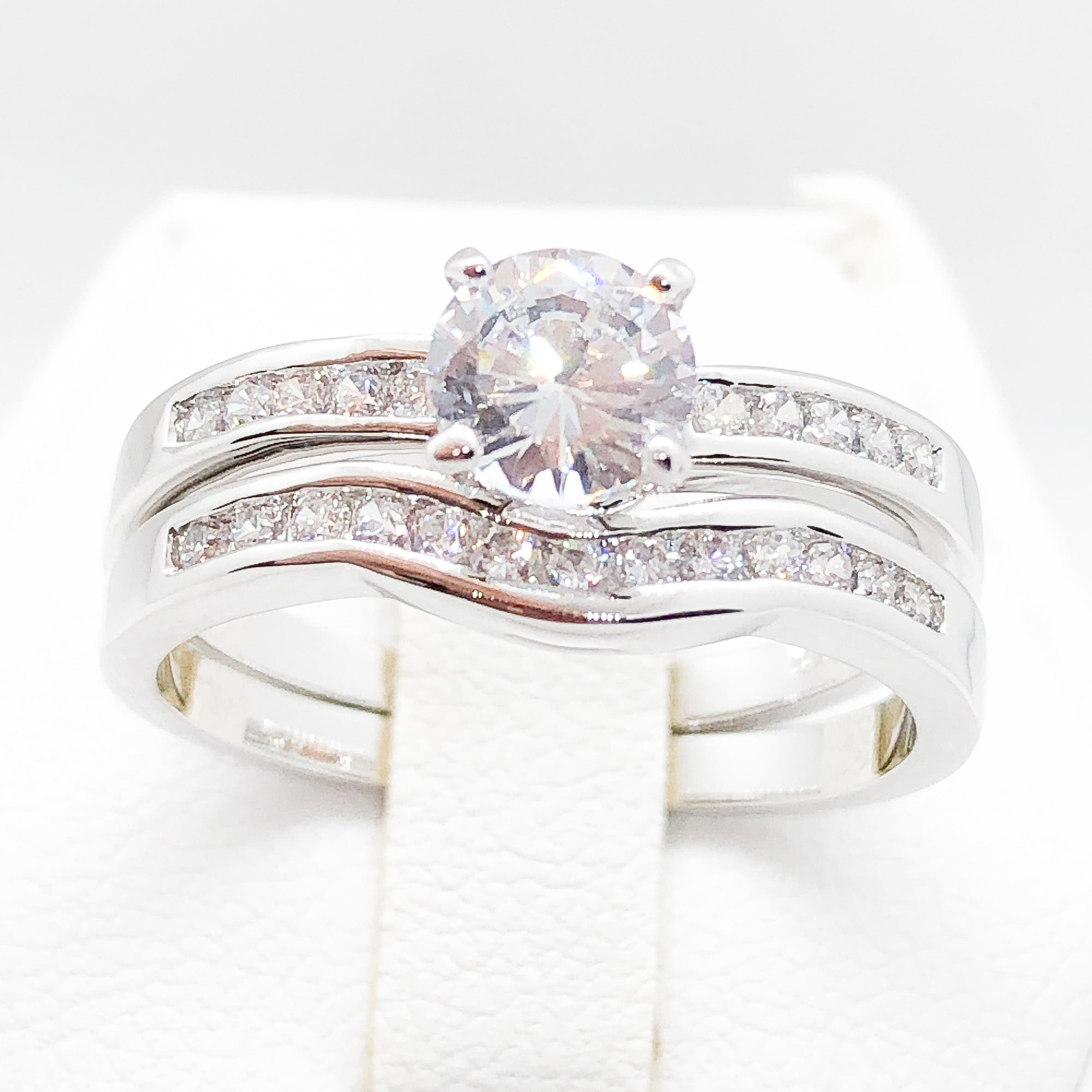 ID:R3593 Women Vintage Jewelry 18K White Gold GF Incredible Engagement Wedding 2pcs/Set Diamonique Bridal Band Ring