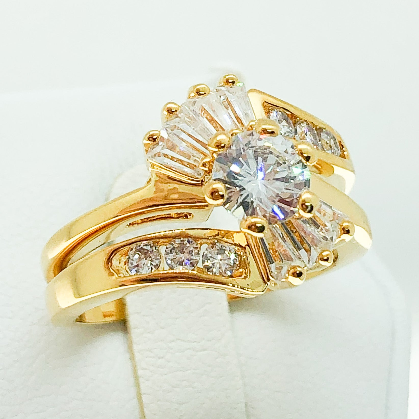 ID:R2433 Women Vintage Jewelry 18K Yellow Gold GF Staggering Engagement Wedding Diamonique Bridal Band Ring 2pcs/Set
