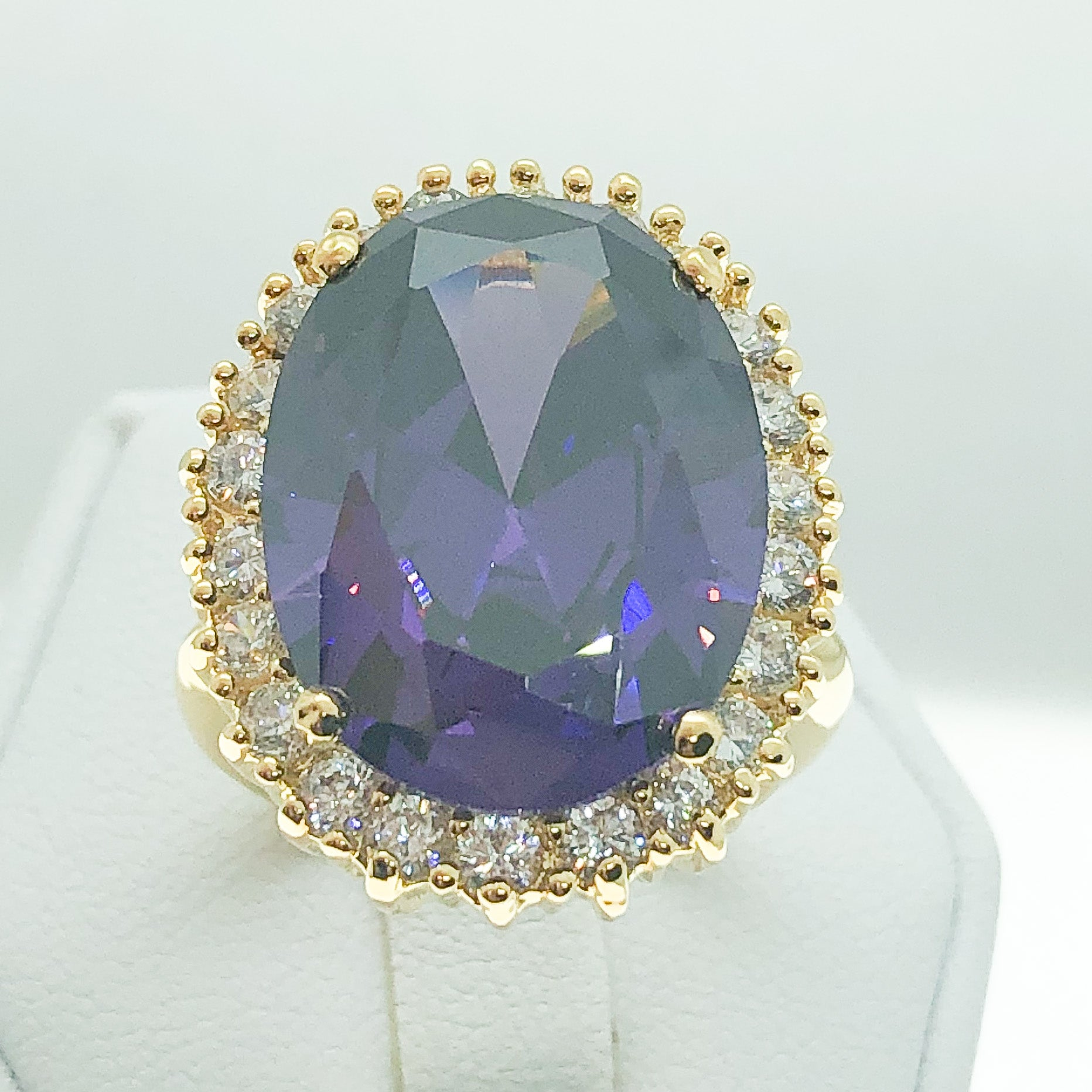ID:R1567-1 Women Fashion Jewelry 18K Yellow Gold GF Graceful Big Purple Crystal Cocktail Ring With Diamonique Accent