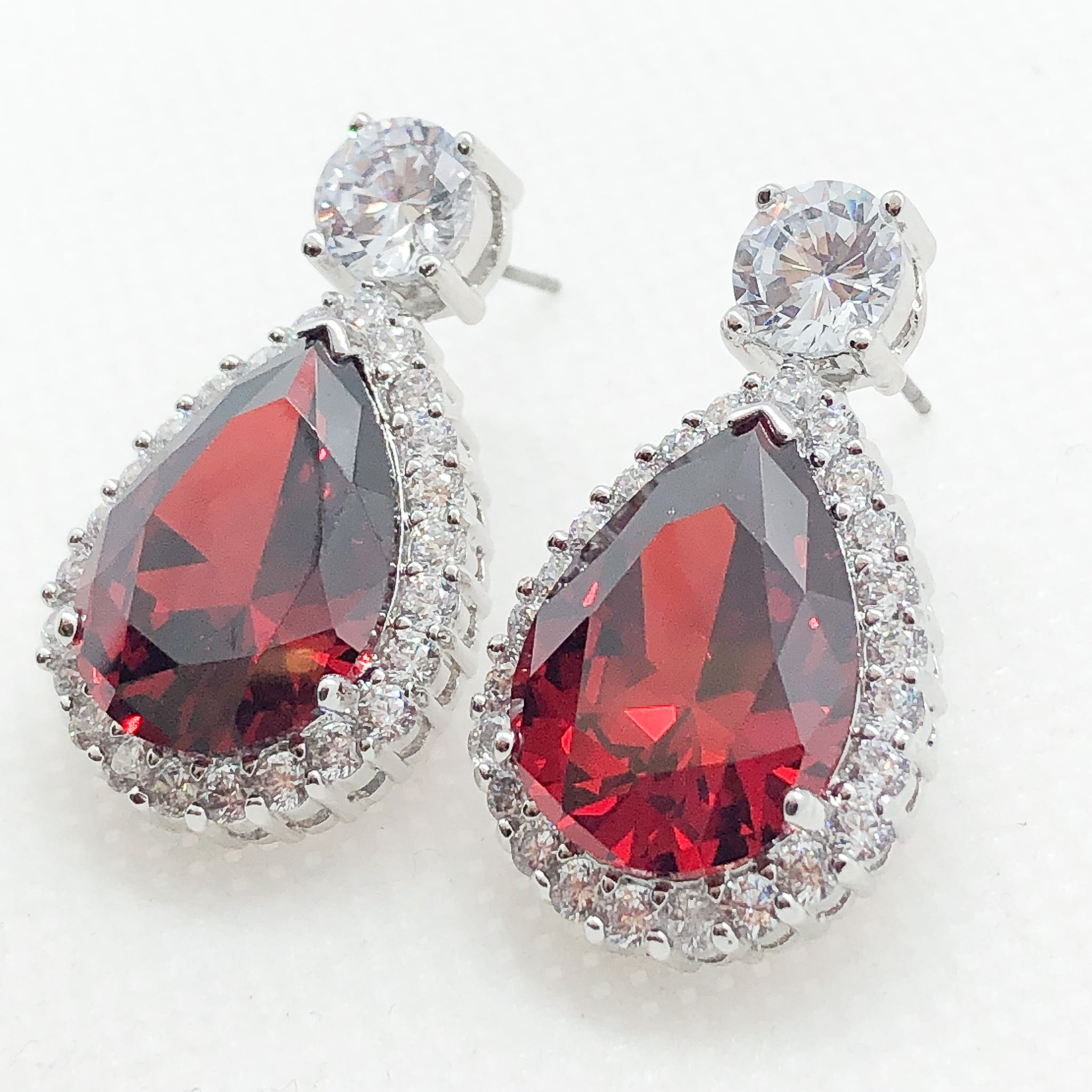 ID: E0788-4 Women 18K White Gold GF Big Garnet with Clear Round Stones Earrings Fashion Lady Drop Dangle