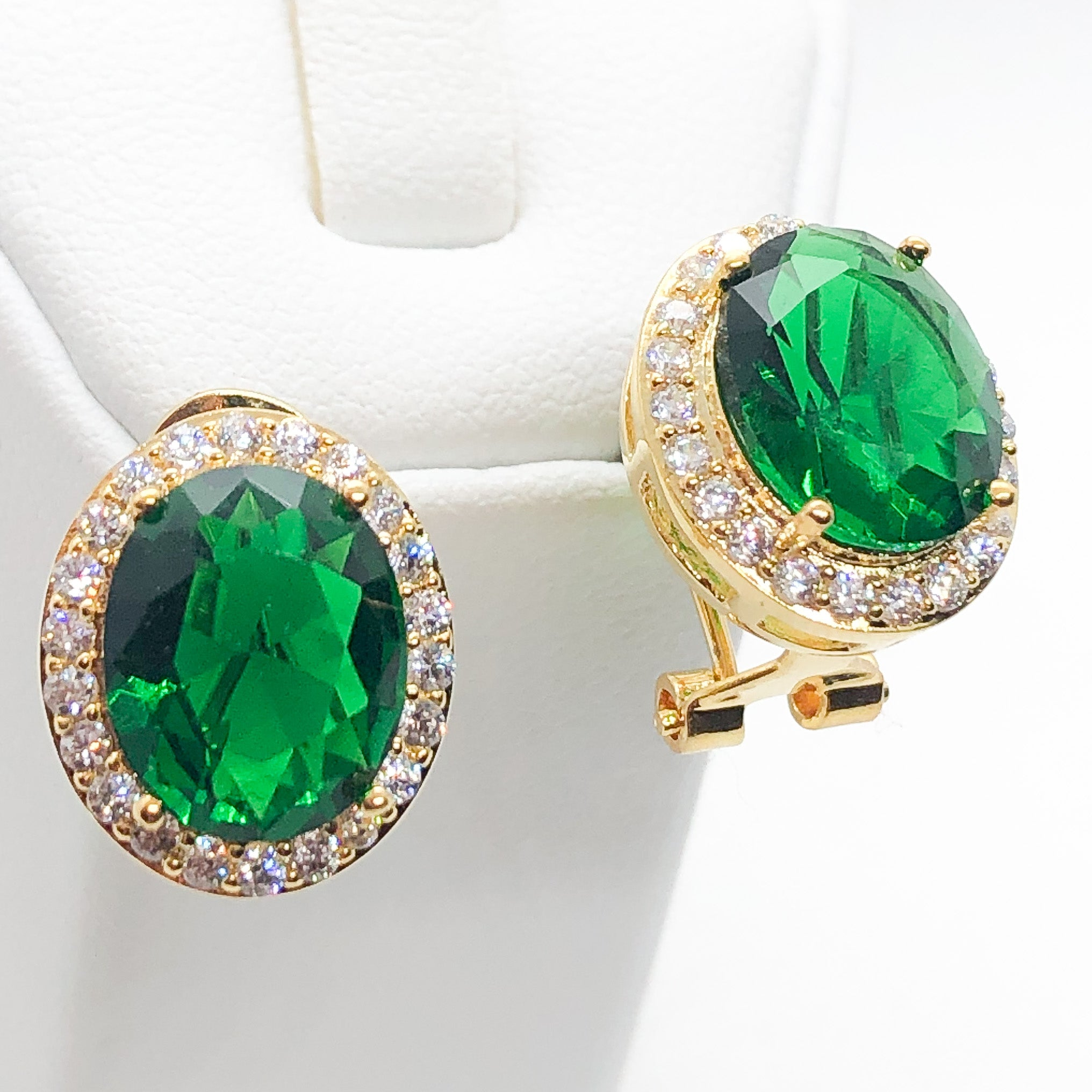 ID: E1448A Women Jewelry 18K Yellow Gold GF Emerald with Clear Round Stones Earrings Fashion Lady Party Stud
