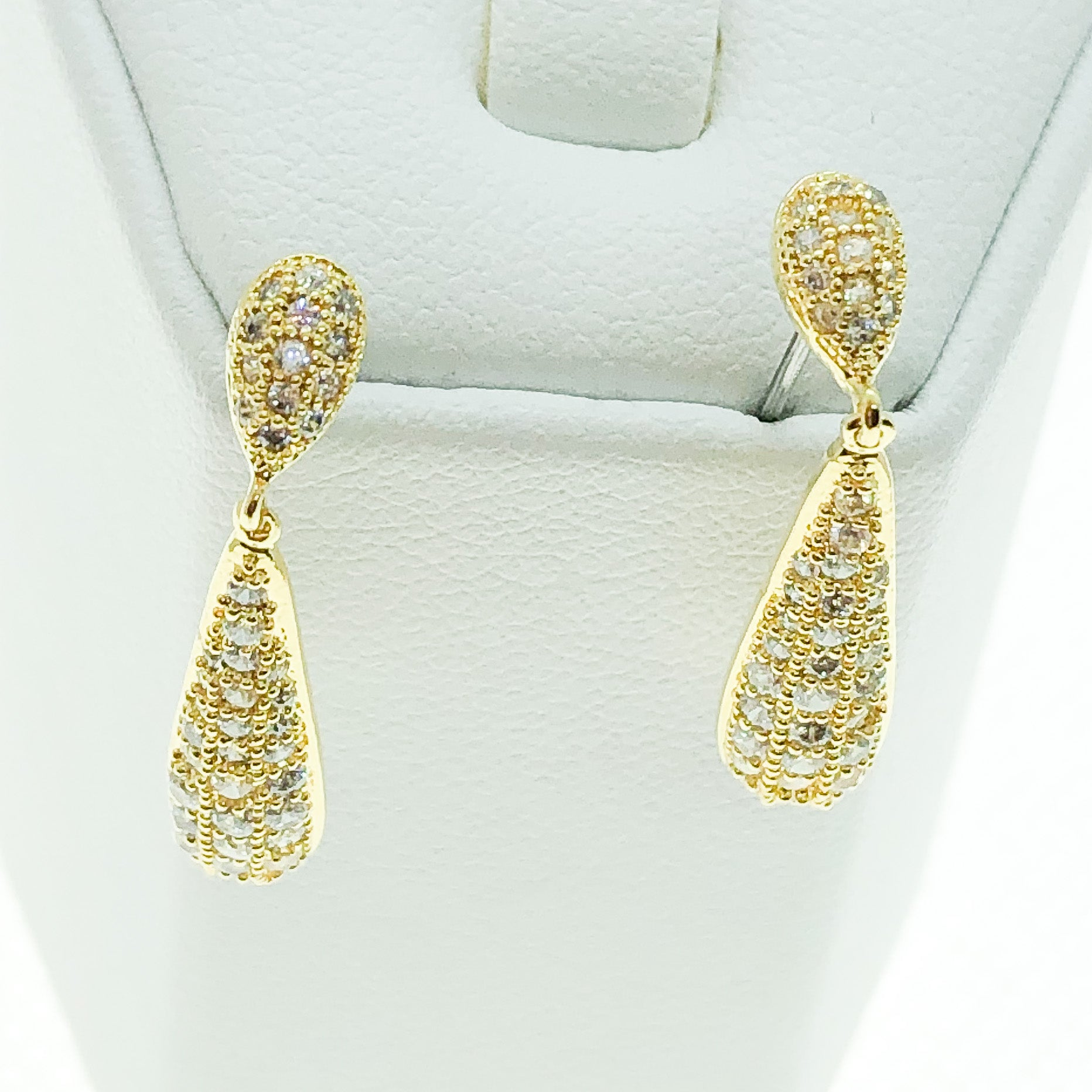 ID: E3771 WOMEN JEWELRY 18K YELLOW GOLD GF SHINING CLEAR ROUND STONES ETERNITY EARRINGS FASHION LADY DROP DANGLE