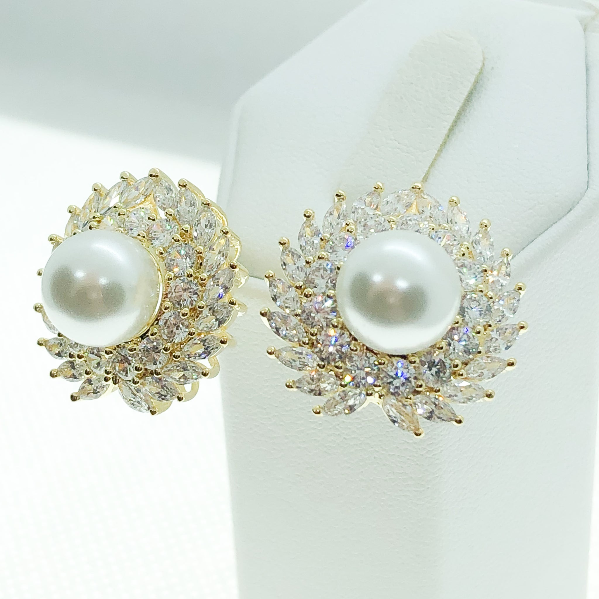 ID: E4771 Women Fashion Jewelry 18K Yellow Gold GF Fresh Pearl Stud Earrings With Diamonique Accent Lady Engagement Wedding Gift