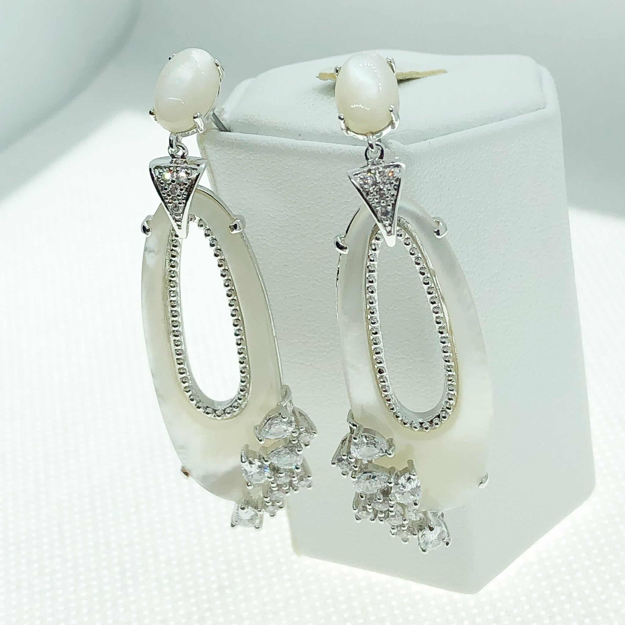 ID: E4928 Women Fashion Jewelry 18K White Gold GF Mother Pearl Earrings With Diamonique Accent Lady Engagement Wedding Drop Dangle