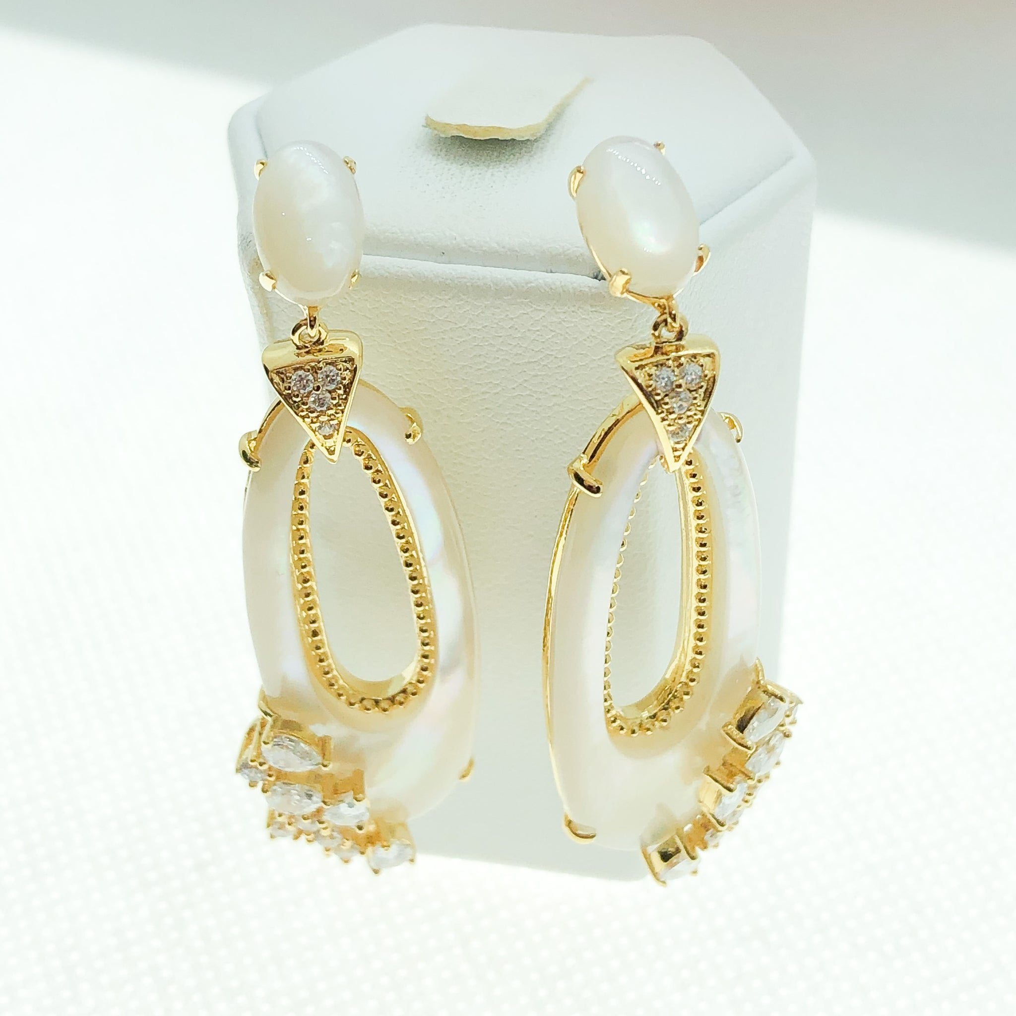 ID: E4928 Women Fashion Jewelry 18K Yellow Gold GF Mother Pearl Earrings With Diamonique Accent Lady Engagement Wedding Drop Dangle