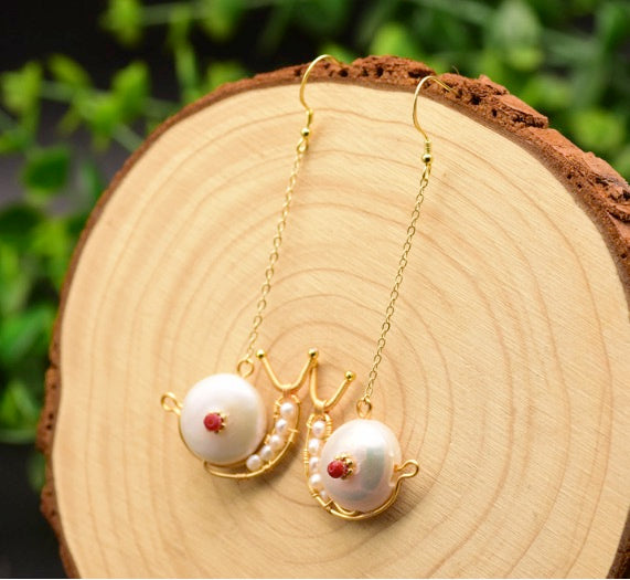 Handmade Women Jewelry 18K Yellow Gold Plated on 925 Sterling Silver Genuine Fresh Water Pearl & Mother Pearl Snail Drop Dangle Earrings