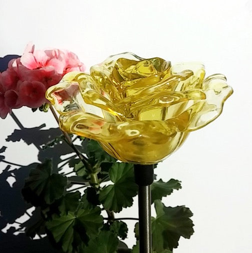 Solar Yellow Rose Flower Color Changing LED Light Garden Stake Outdoor Pathway Landscape Decor Lamp