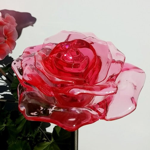 Solar Red Rose Flower Color Change LED Light Garden Stake Outdoor Yard Pathway Landscape Decor Lamp