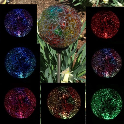 Solar Garden Decor Mosaic Crackle Glass Ball Light OutdoorLandscape Pathway Color Change LED Lamp