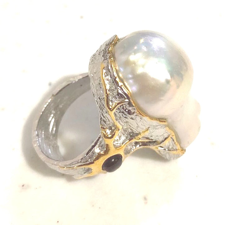 18K White Yellow Gold Filled on Solid S925 Sterling Silver Glamorous Eye-Catching Vintage Ring Huge Baroque Pearl Garnet