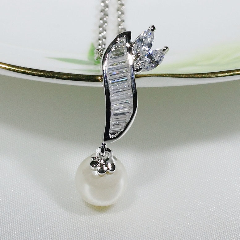 ID: P1048 Women 18K White Gold GF Pearl and Clear Stones Pendant Fashion Anniversary Wedding Jewelry
