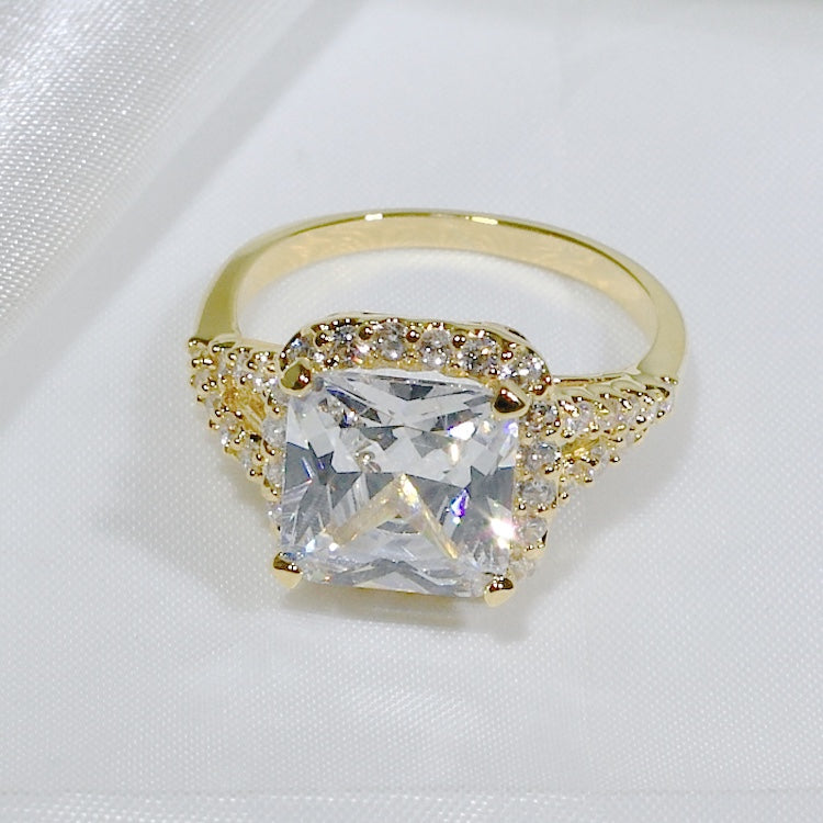 ID:R3551 Women Fashion Jewelry 18K Yellow Gold GF Nice-Looking Engagement Wedding Solitaire Diamonique Ring with Accent Promise Gift