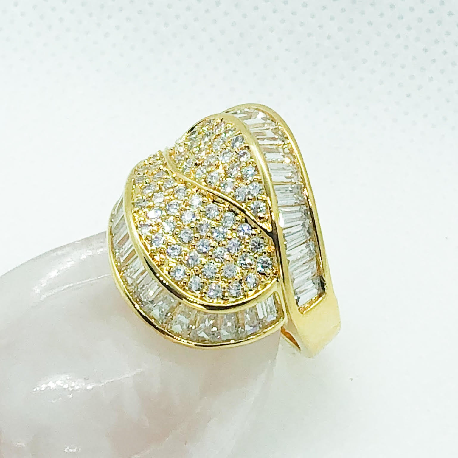 ID:R5902 Women 18K Yellow Gold GF Jewelry Glittering Engagement Wedding Promise Gemstones Cocktail Band Ring