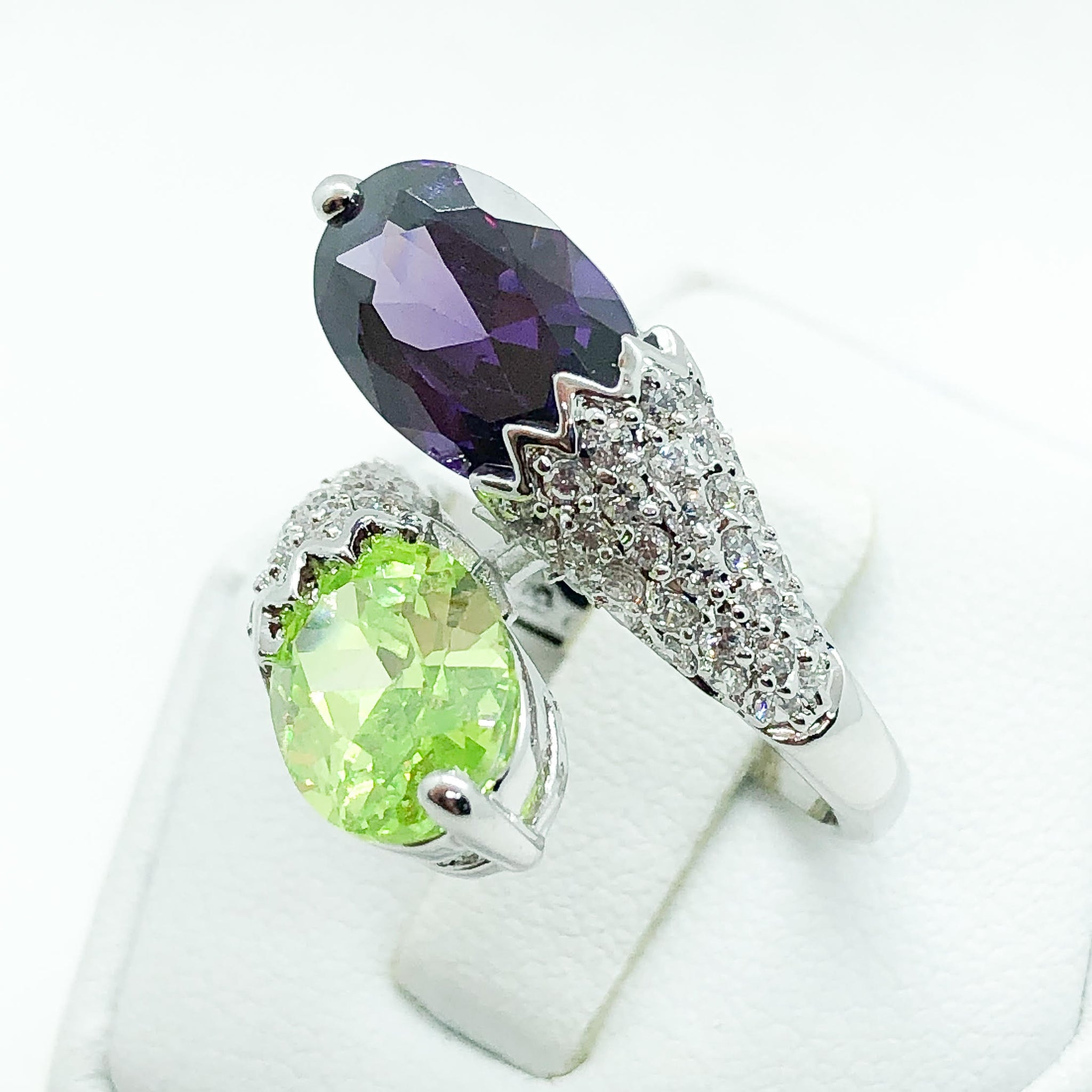 ID:R5098-1 Women 18K White Gold GF Fashionable Jewelry Unique Design Green Crystal Amethyst Cocktail Ring