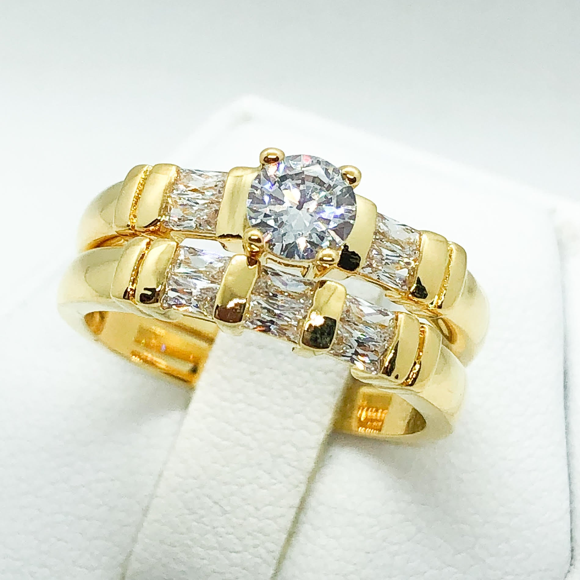 ID:R3585 Women Vintage Jewelry 18K Yellow Gold GF Good-Looking Engagement Wedding Bridal Diamonique Band Ring 2pcs/Set