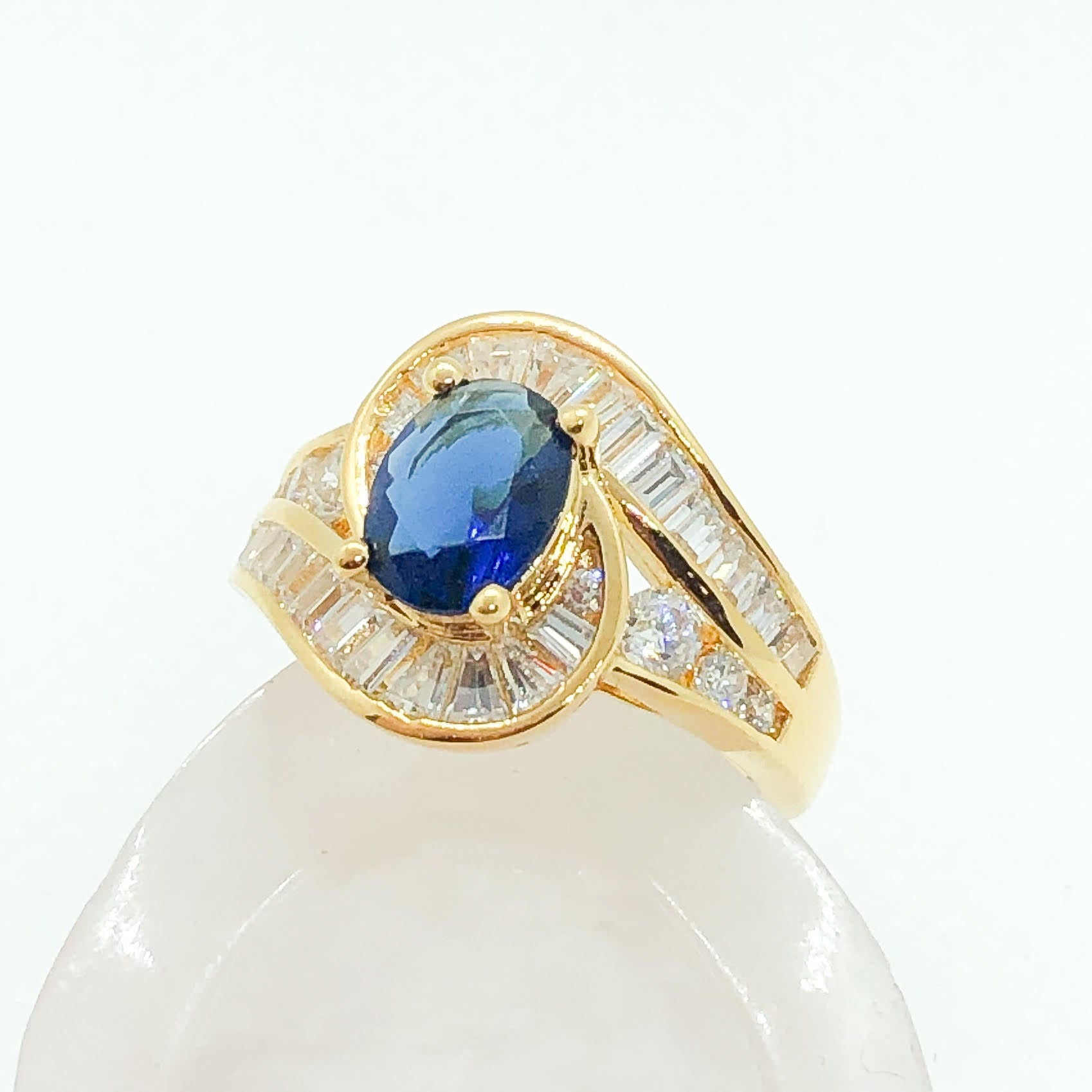 ID:R7893 Women Jewelry 18K Yellow Gold GF Charming Classic Ring Oval Sapphire Solitaire With Clear Stones Accent