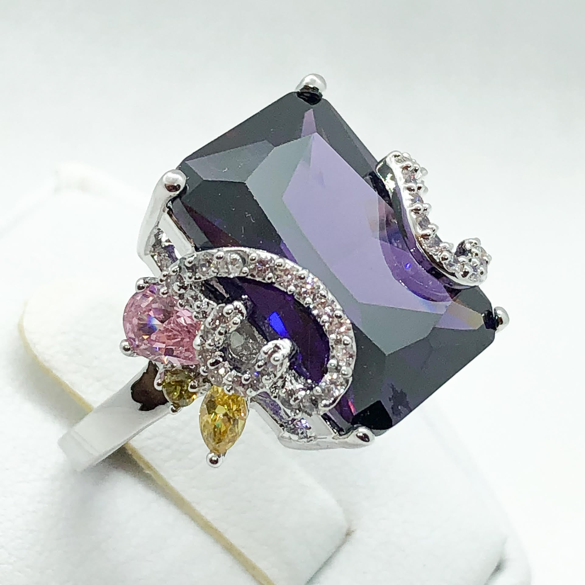 ID:R4834 Women 18K White Gold GF Fashion Jewelry Pretty Handmade Big Amethyst Gemstone Ring Perfect Anniversary Gift for Her