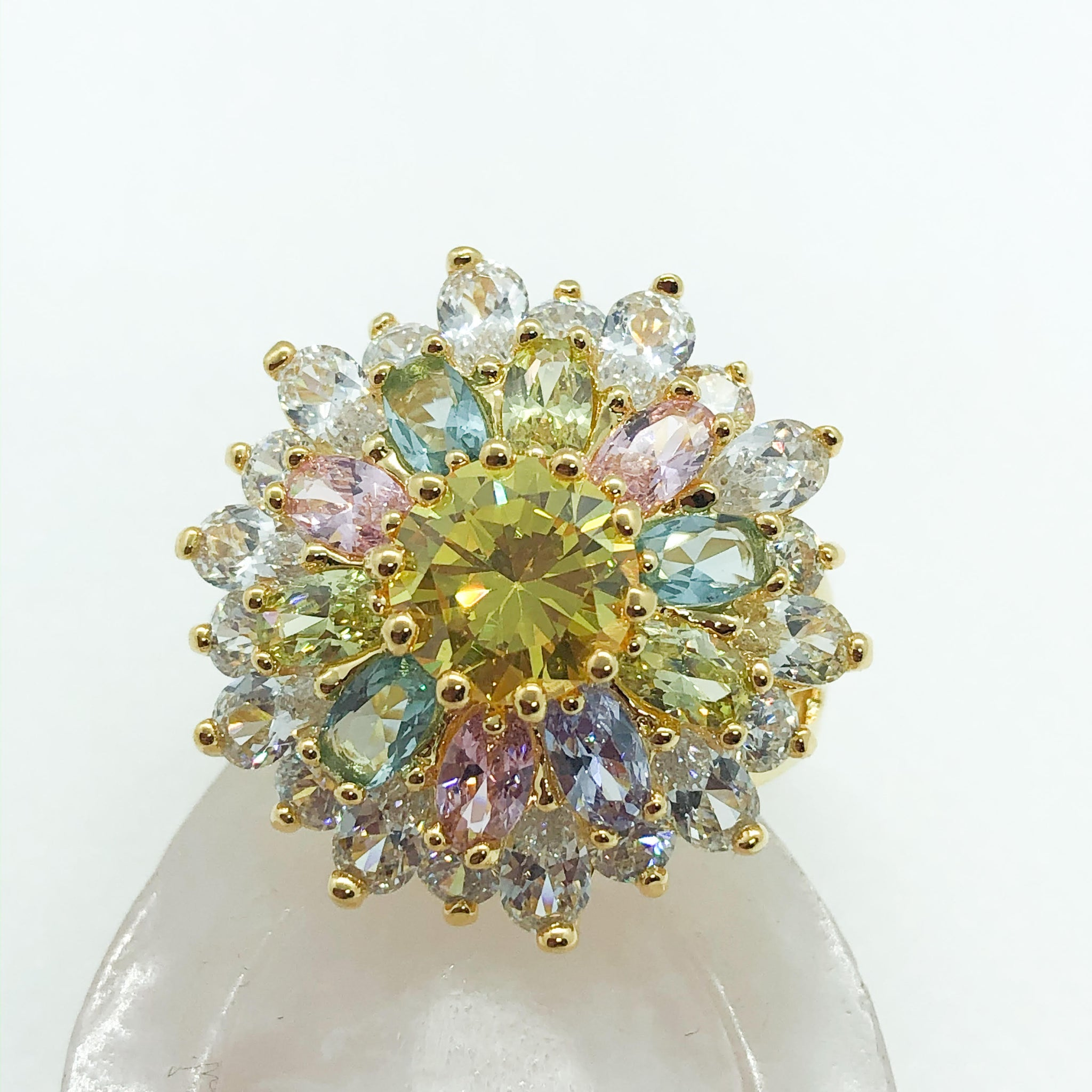 ID:R2098 Women Fashion Jewelry 18K Yellow Gold GF Unique Flower Design Color Crystal Cluster Cocktail Ring
