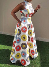 Load image into Gallery viewer, Sunny Fit & Flare Maxi (Plus Size Available)