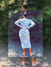 Load image into Gallery viewer, Cloudy Tye Dye Ruching Dress (Plus Size Available)