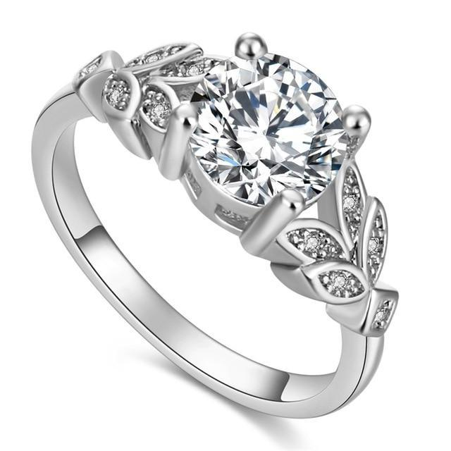 Luxury Diamond White Gold Ring