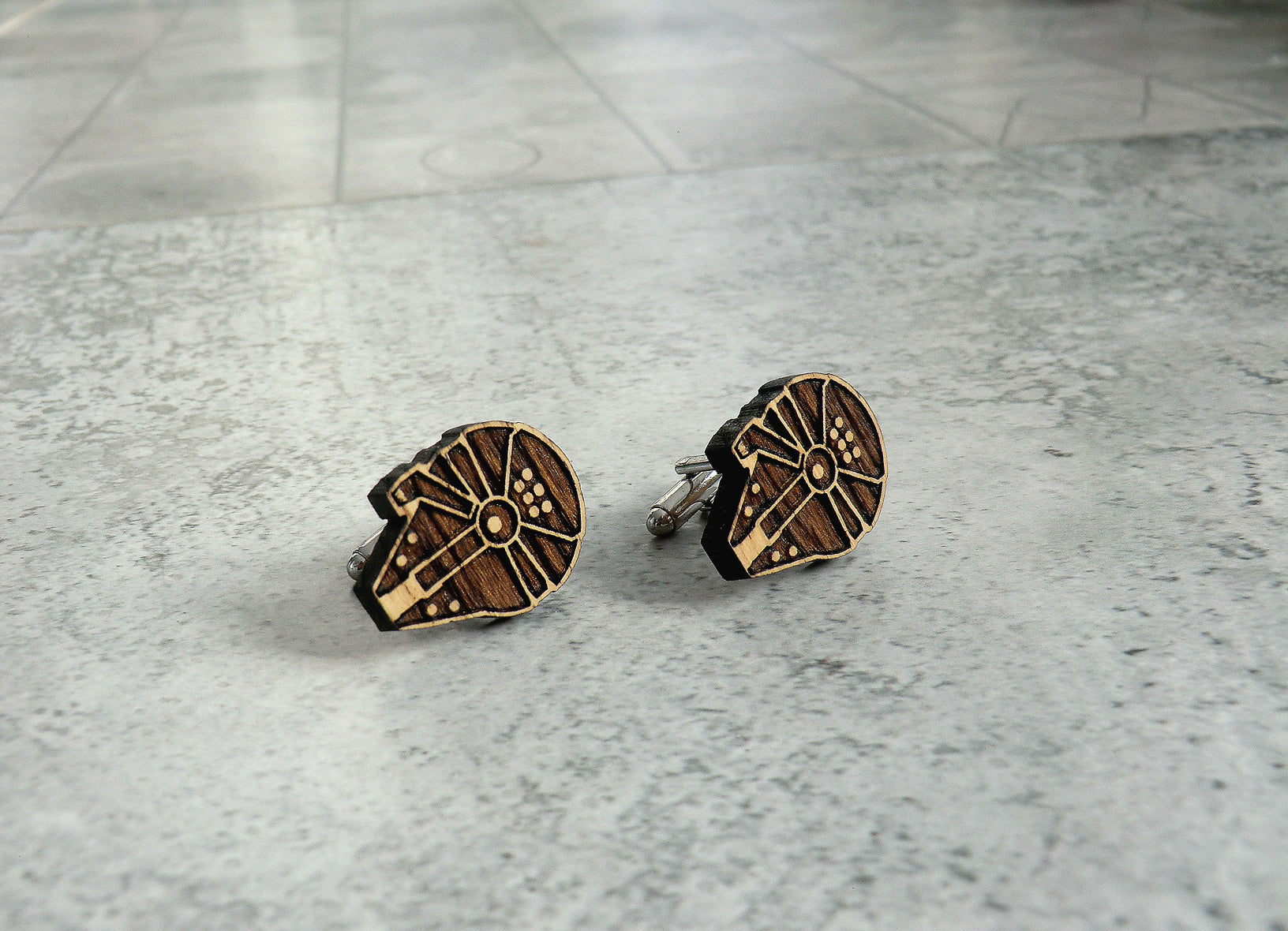 Star Wars Cufflinks Millennium Falcon Wooden Cufflinks