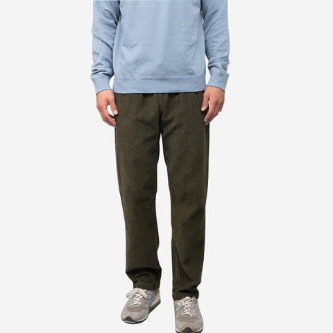 Save Khaki United 8 Wale Corduroy Easy Chino Pant Olive