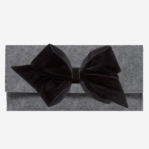 Peachy Pendants Cambridge Clutch Grey with Black Velvet Bow