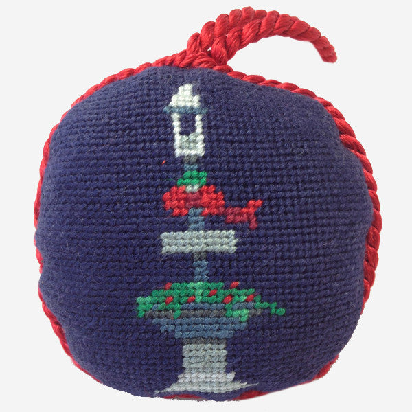 Smathers & Branson Main Street Fountain Needlepoint Ornament