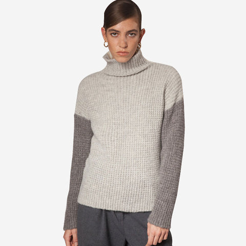 Fisherman out of Ireland Waffle Stitched Funnel Neck Sweater Ecru Grey