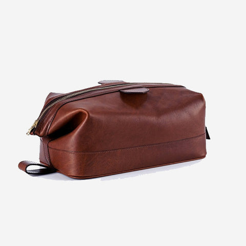 Daines & Hathaway Large Wash Kit - Brooklyn Chestnut Brown