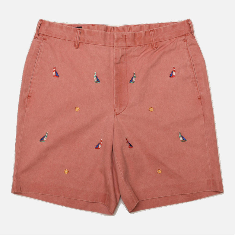 Nantucket Reds™ M Crest Collection Men's Straight Fit Embroidered Sailboat Shorts