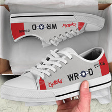 "Load image into Gallery viewer, P-51 ""Gotcha"" Inspired Men's Low Top Canvas Shoes"