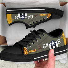 "Load image into Gallery viewer, P-51D ""Moose"" Inspired Men's Low Top Canvas Shoes - I Love a Hangar"