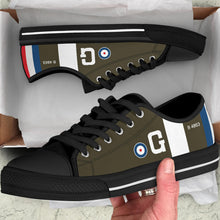 Load image into Gallery viewer, RAF S.E.5 of Major James McCudden VC Inspired Men's Low Top Canvas Shoes - I Love a Hangar