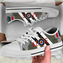 "Load image into Gallery viewer, DH.98 Mosquito of ""Guy Gibson"" Inspired Men's Low Top Canvas Shoes - I Love a Hangar"