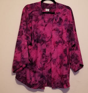 Beautiful fuchsia batik kimono -- made in the USA.
