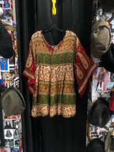 Load image into Gallery viewer, Multicolor Paisley Tunic