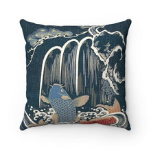 Load image into Gallery viewer, Water Fallen Pillow