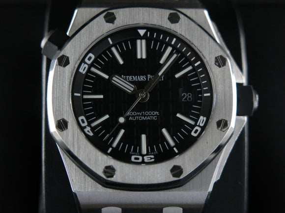 Audemars Piguet Royal Oak Offshore Diver 42 mm 15710