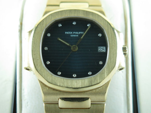 Patek Philippe Nautilus Mid Size 18 ct. Yellow Gold 3800