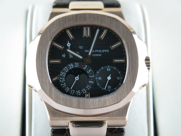 Patek Philippe Nautilus 18 ct. Rose Gold 5712