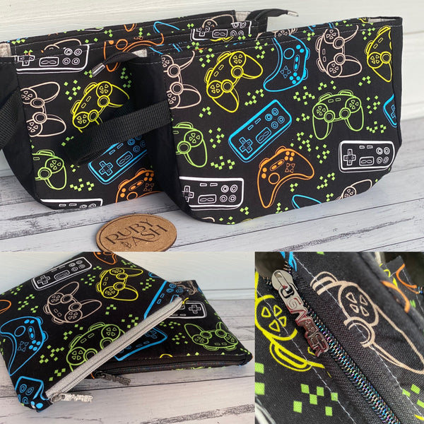 Gaming pouches in 2 sizes
