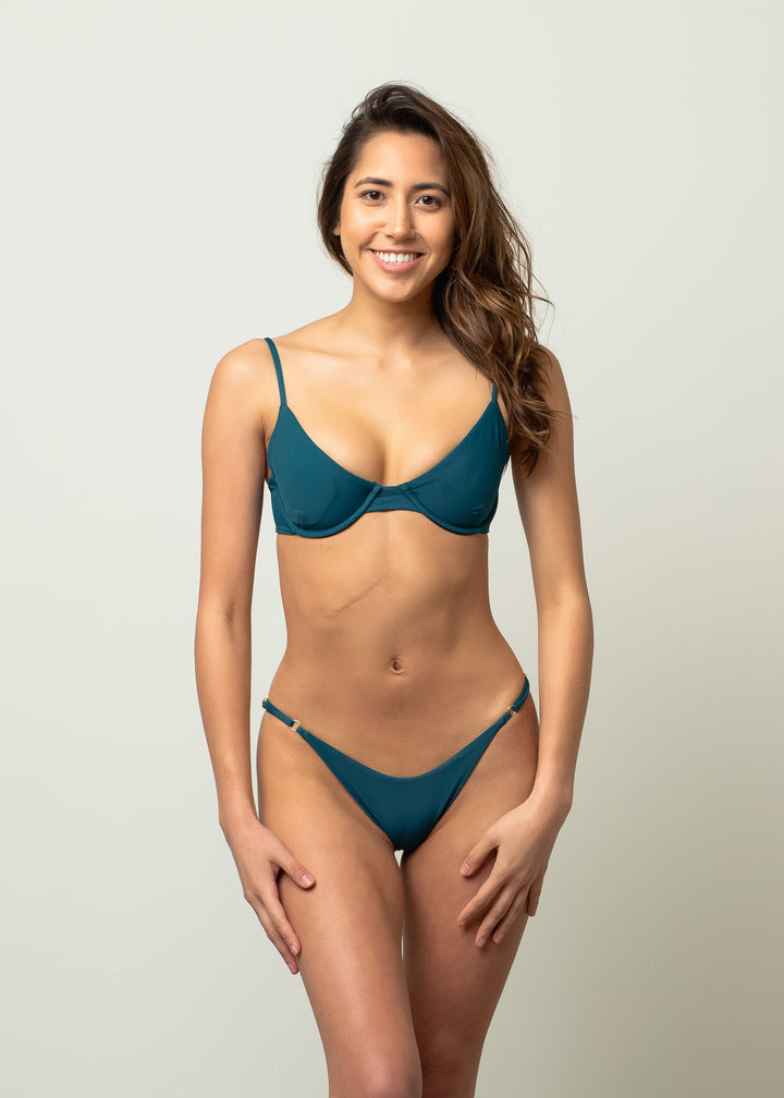 Georgian Bottom in Wave - LAC SWIM