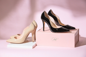 The Oleah Classic Pumps - Black