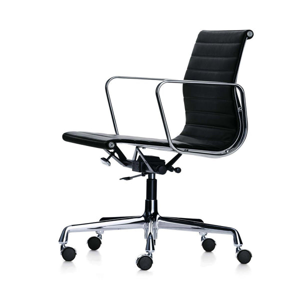 EA 117 chair