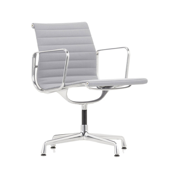 EA 108 swivel chair