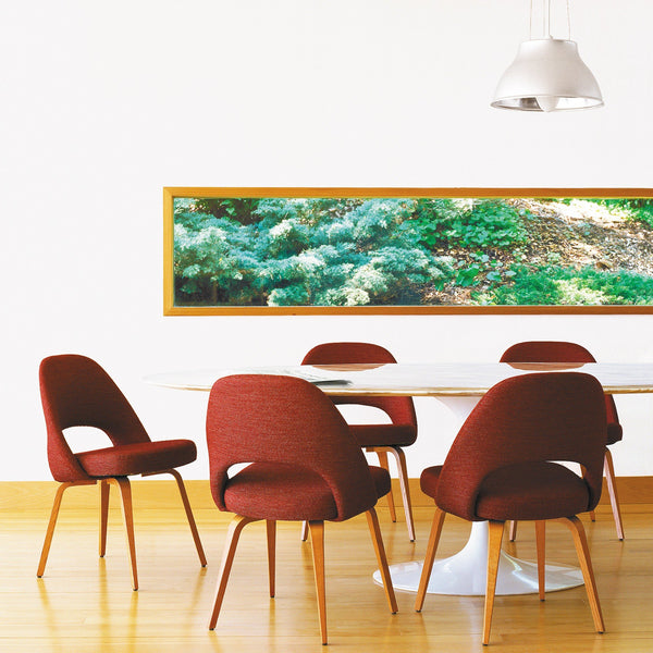 Saarinen oval dining table - Quickship