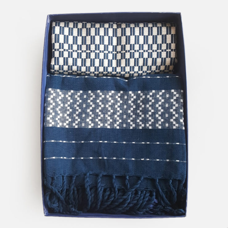 Handloom Throw & Cushion Covers Set