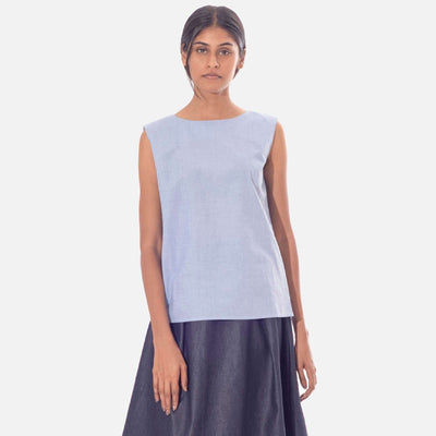 Sleeveless Tunic Top with Pleat